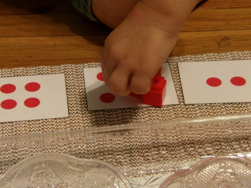 Alternative to sandpaper numbers - easy Montessori on a budget