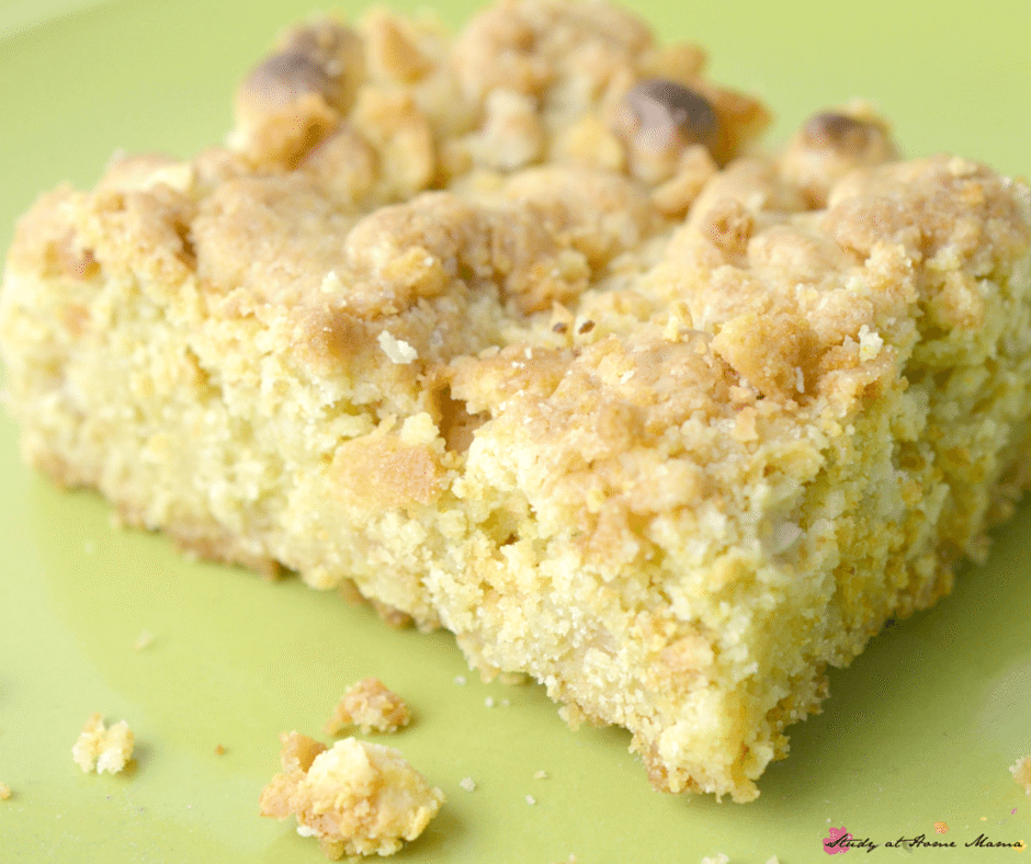 Banana Pudding Cookie Bars - a yummy and kid-friendly twist on this easy snack recipe, cookie bars are the perfect easy dessert recipe