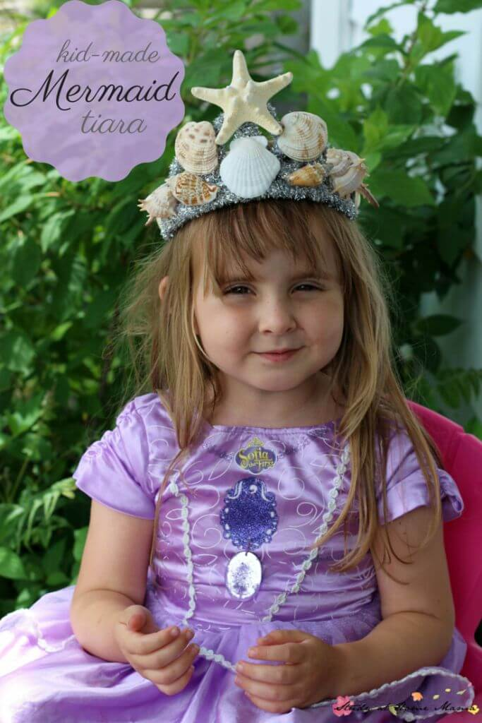 Kids Craft Idea: Kid-Made Mermaid Tiara Craft. Such a sweet craft for a mermaid party or mermaid costume