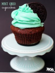 Chocolate Mint Oreo Cupcakes