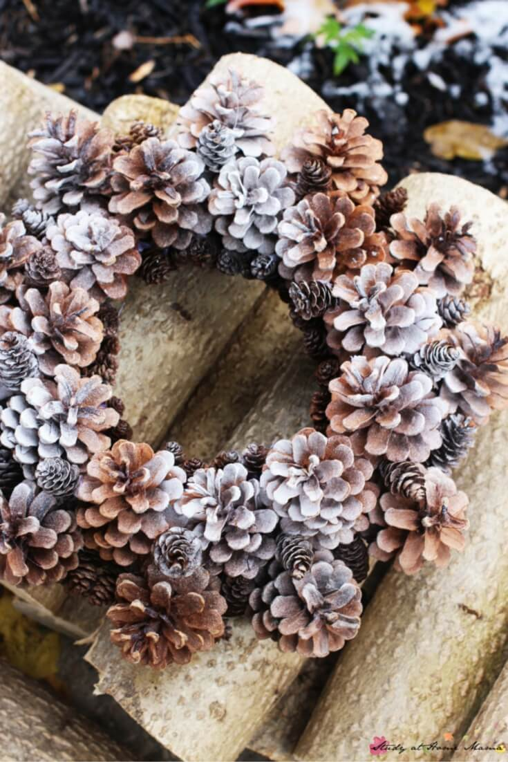 Homemade Pine Cone Wreath - a gorgeous DIY winter wreath to welcome your guests this holiday season