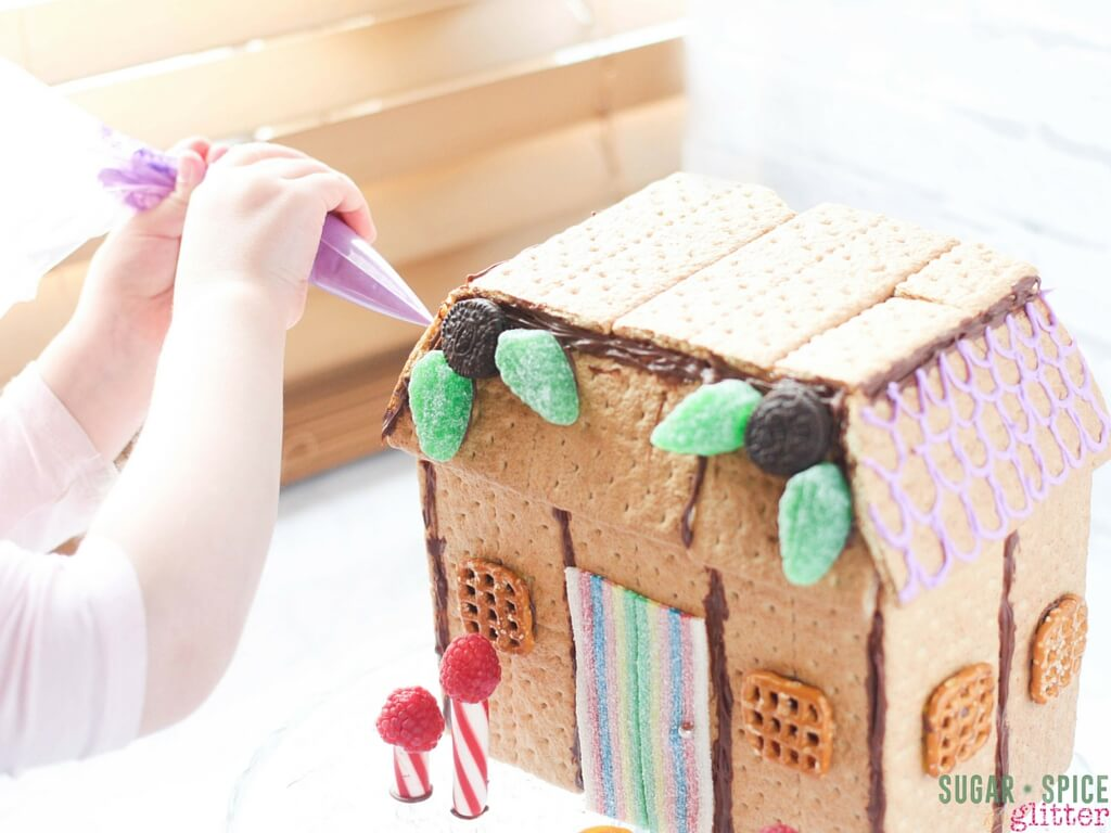 how to make cookie fairy house (3)