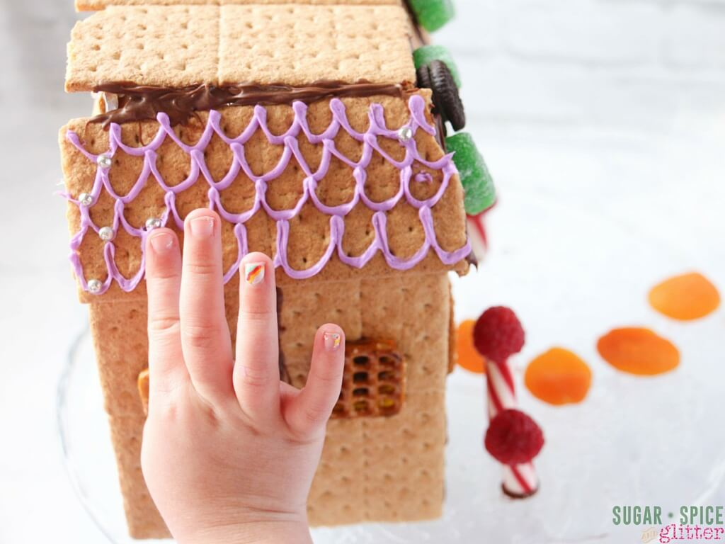 how to make cookie fairy house (4)