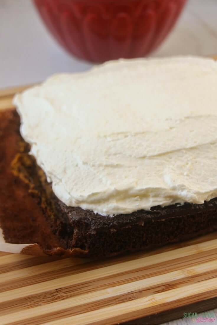 how-to-make-a-magic-pumpkin-cake-2