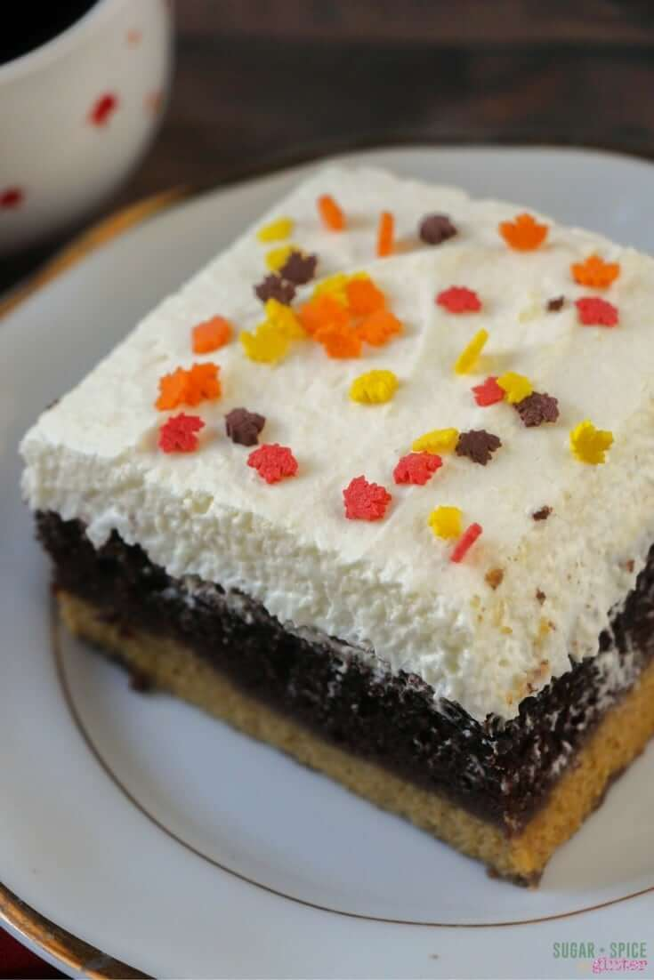 how-to-make-a-magic-pumpkin-cake-3