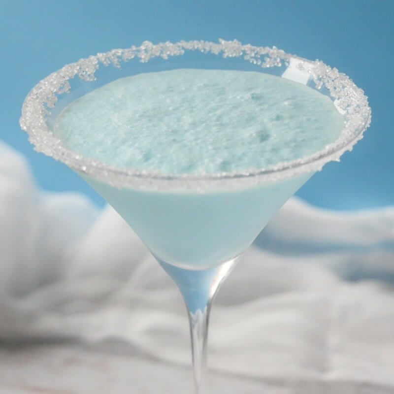 How to Make a Snow on the Beach winter cocktail