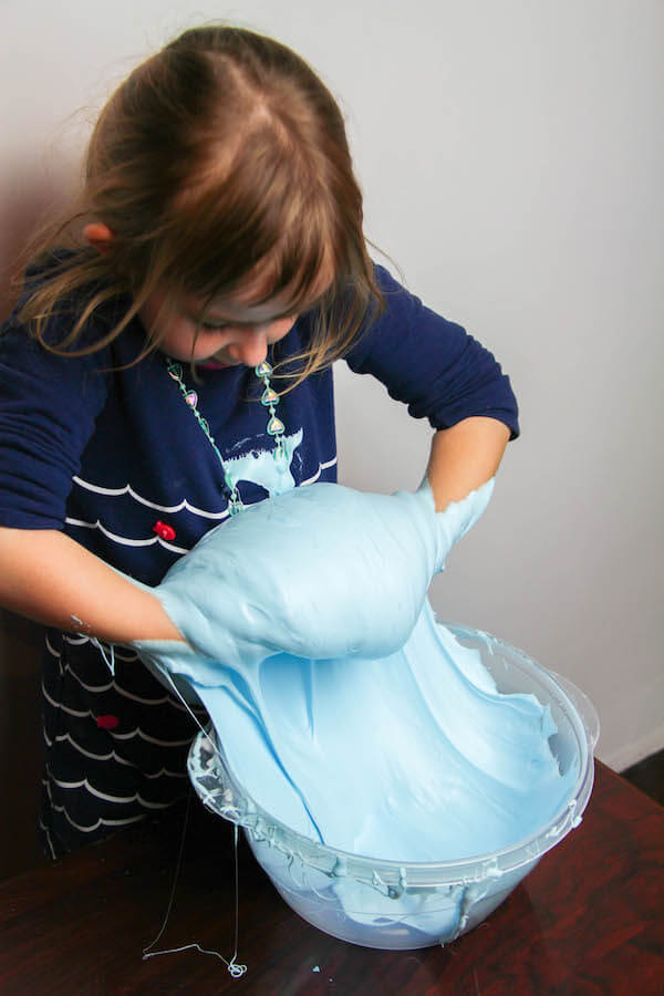 This simple and fluffy slime is borax- and liquid starch free, so you can let kids play with it with confidence