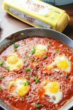 Poached Eggs in Italian-Style Tomato Sauce