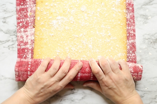 How to make a perfect cake roll