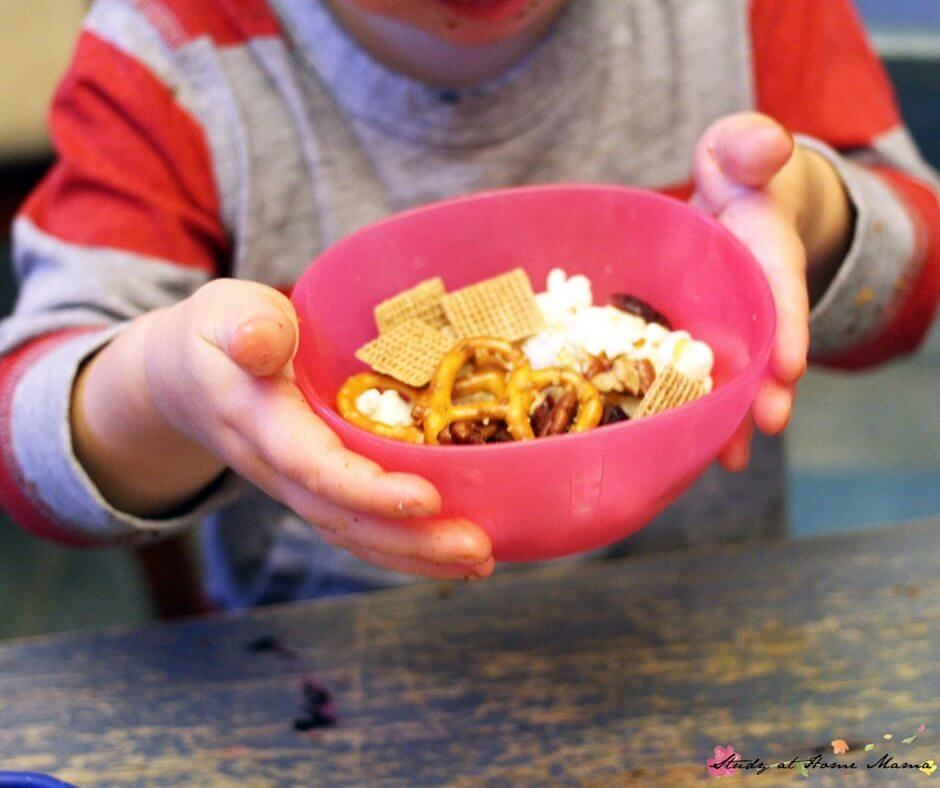 Kids Kitchen: Let kids make their own popcorn trail mix with an easy and quick snack tray