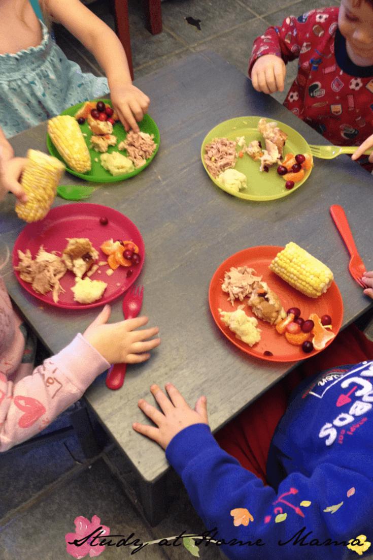 Montessori lunchtime