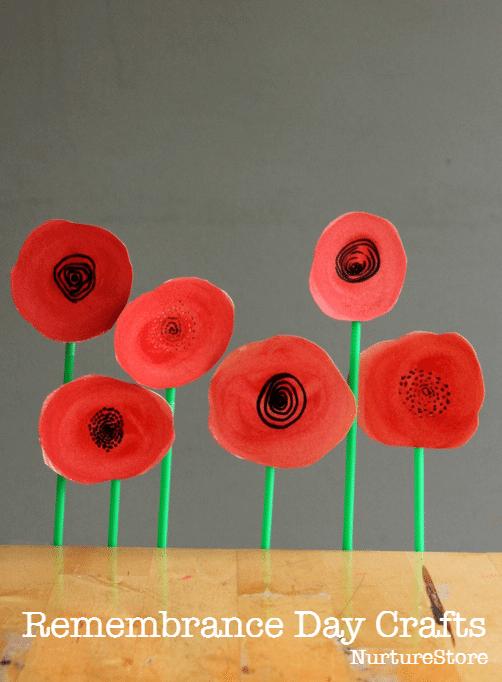watercolour poppy wreath from nurturestore