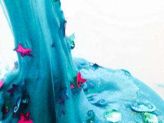 Easy Glittery Mermaid Slime
