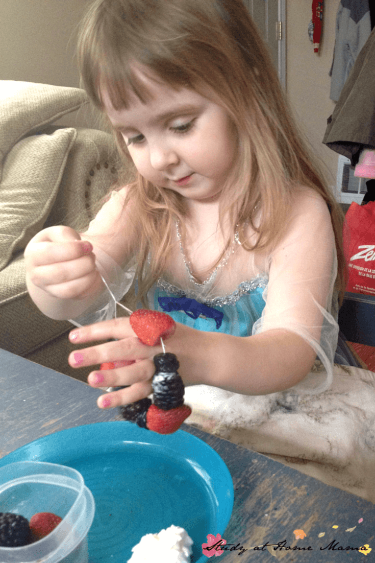 Kids Kitchen: Berry Bracelets, a fun summer snack for kids to help make.