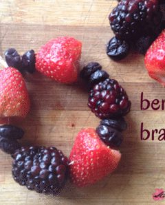 Kids Kitchen: Berry Bracelets