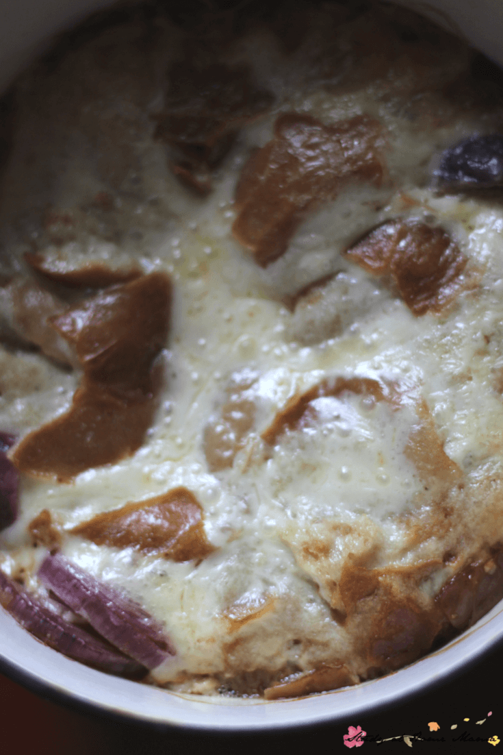 Melted cheese, bread, and flavourful beef broth - this easy French Onion Soup recipe has it all!