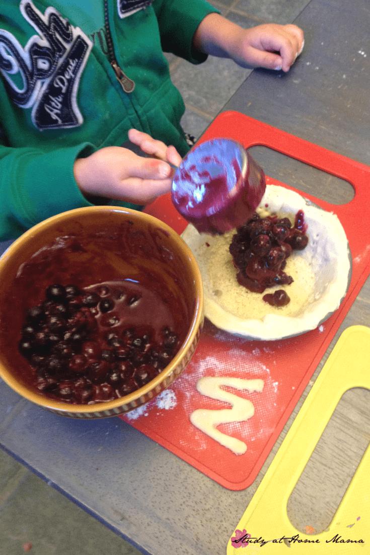Kids Kitchen: Sugar-free blueberry pie recipe