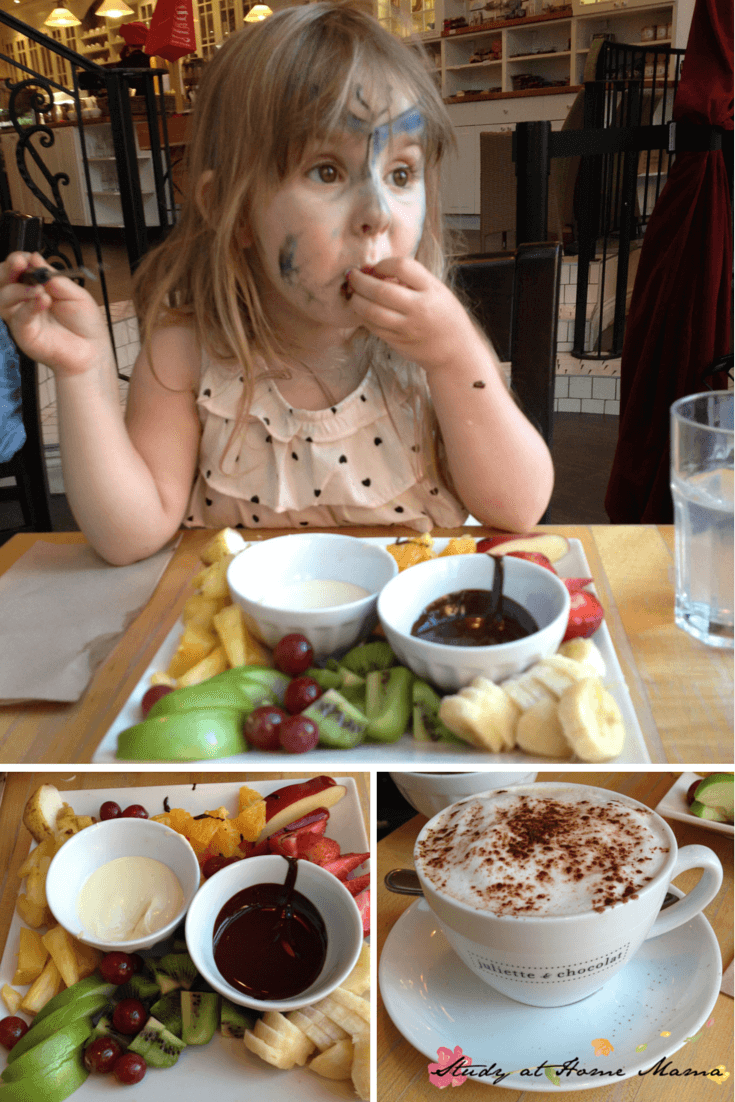 Juliet et Chocolat - one of our top ten restaurants for foodie families in Montreal! Loved their fondue and cafe mocha!