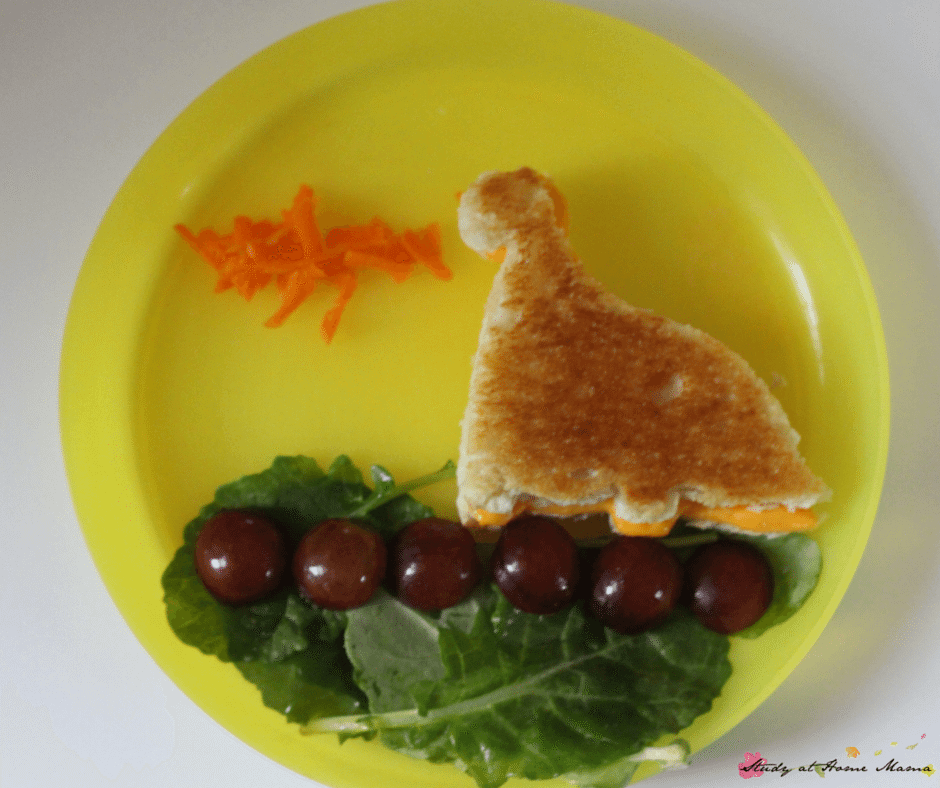 Easy, healthy dragon lunch or dinosaur lunch idea - cute kids lunch encourages children to eat their veggies!