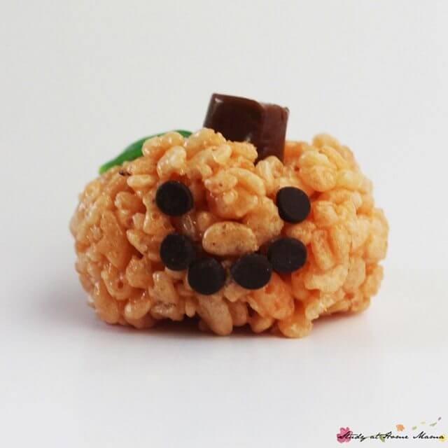 These Jack O'Lantern Rice Krispie treats are a super easy classroom snack that is peanut-free. Perfect for your Halloween party