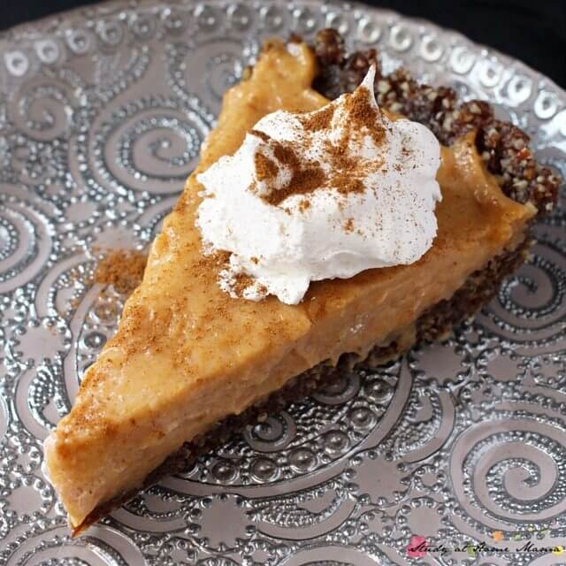 Easy Healthy Recipe for Pumpkin Pie, a vegan-friendly option for guests this Thanksgiving