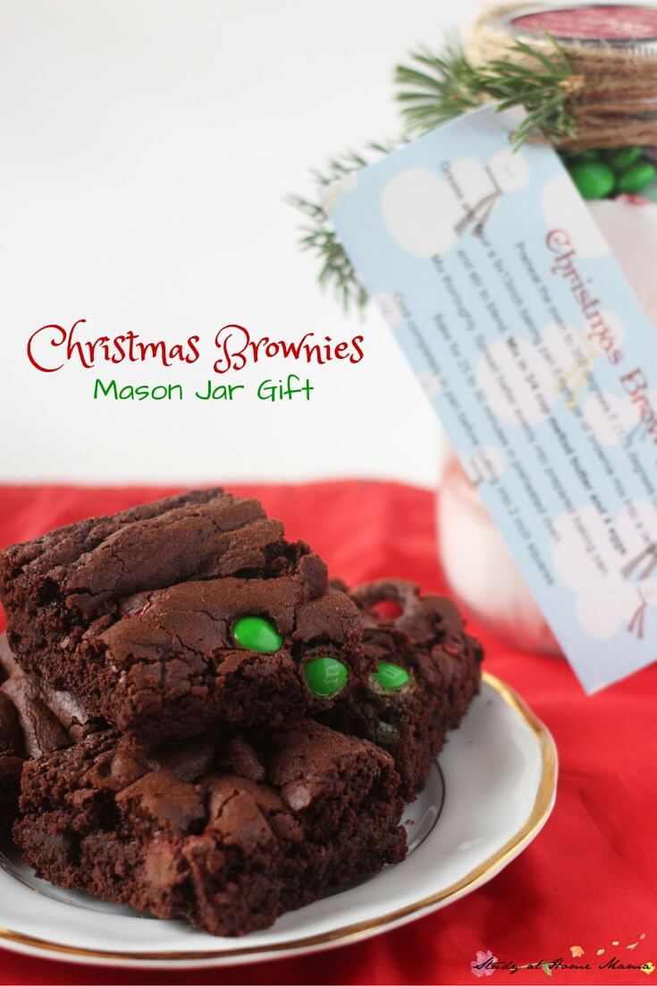 Christmas Brownies Mason Jar Gift - the perfect frugal gift for everyone on your list. Simply measure out the ingredients, layer them in a $1 mason jar, and add a tag with the instructions! Decorate the jar if you have extra time. Get the exact measurements and a printable gift tag on the post.