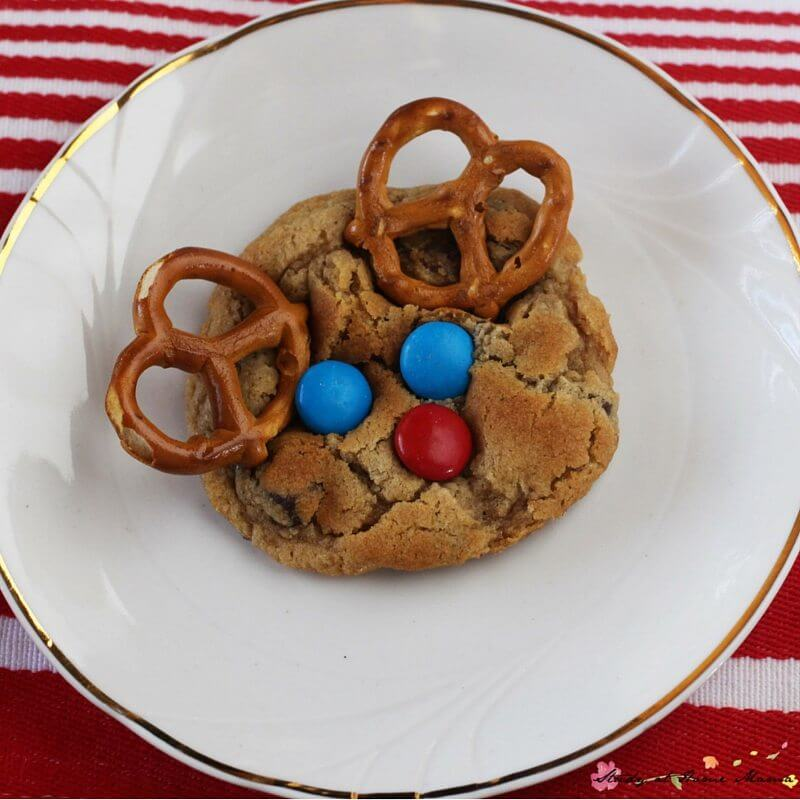 How cute are these sweet reindeer cookies? You can use premade cookie dough to make the cookies, or a delicious from-scratch recipe. Either way, your guests will love them