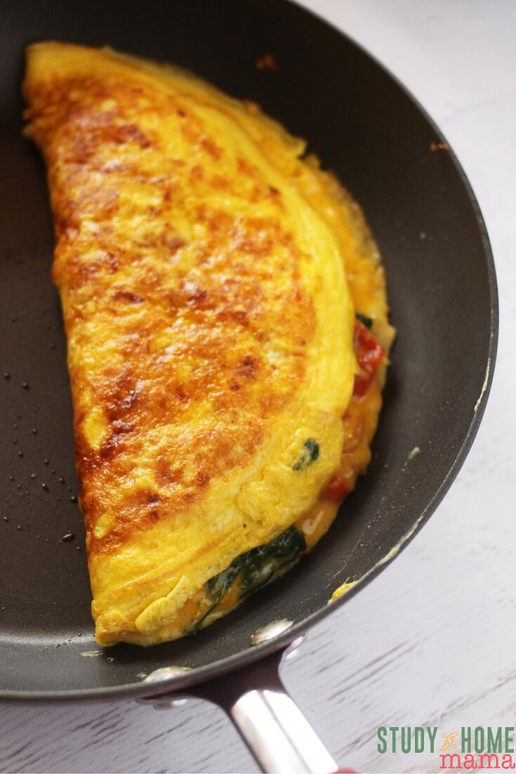 Perfectly cooked omelet - check out this step-by-step tutorial to make over your mornings with this easy healthy breakfast recipe