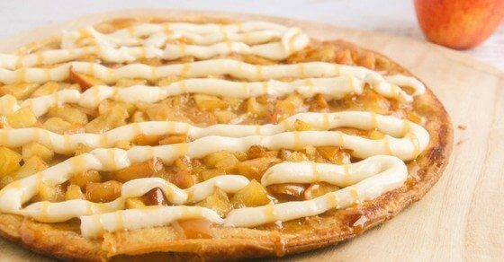 apple-pie-pizza-fb