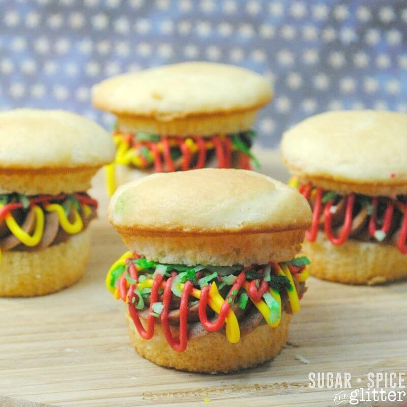 How to make burger cupcakes with lots of frosting