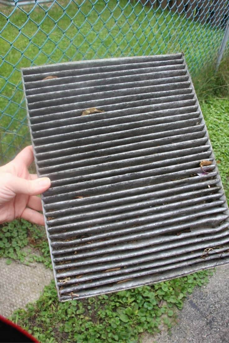 how-to-change-a-cabin-air-filter-1