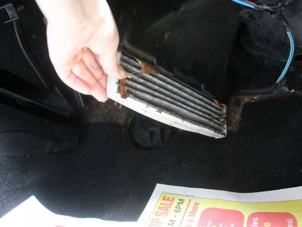 how-to-change-cabin-air-filter-1