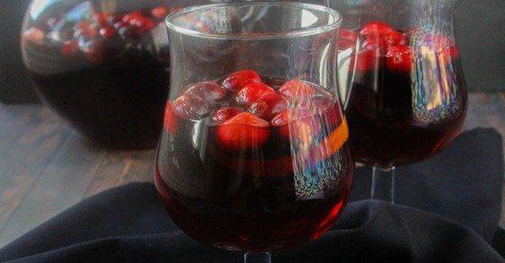 holiday-cranberry-sangria-recipe