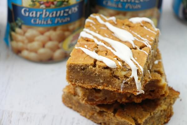 White chocolate chickpea brownies for the win