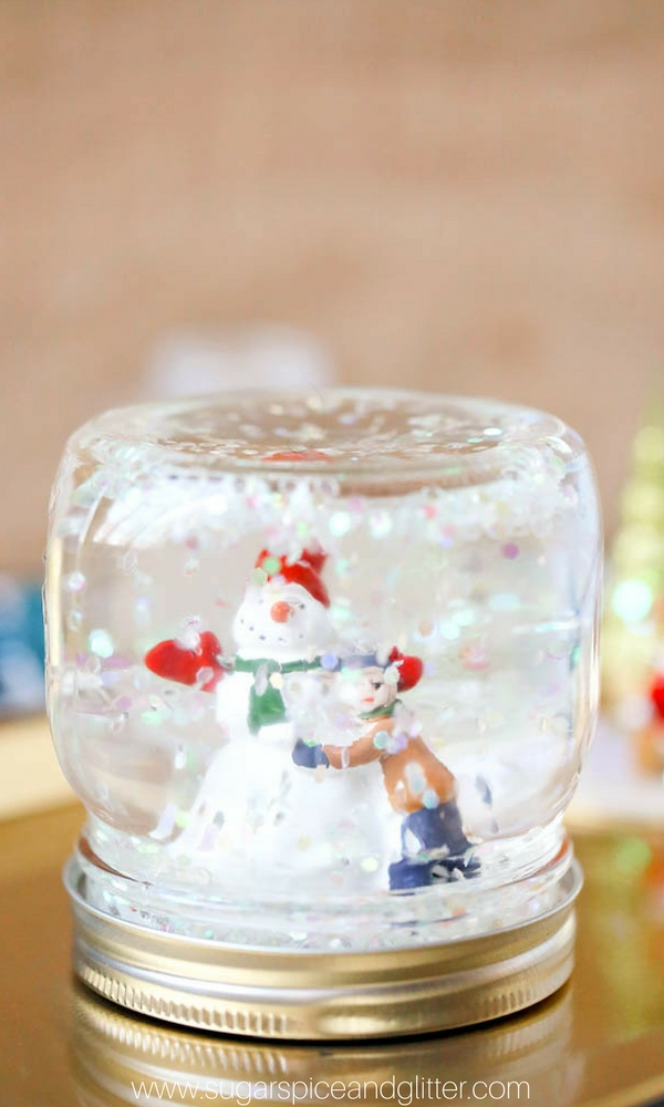 DIY Snow Globes (with Video) ⋆ Sugar, Spice and Glitter