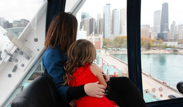 Riding the Centenniel Wheel at Navy Pier with kids