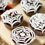 Spiderweb Cupcakes with Cream Filling (with Video)