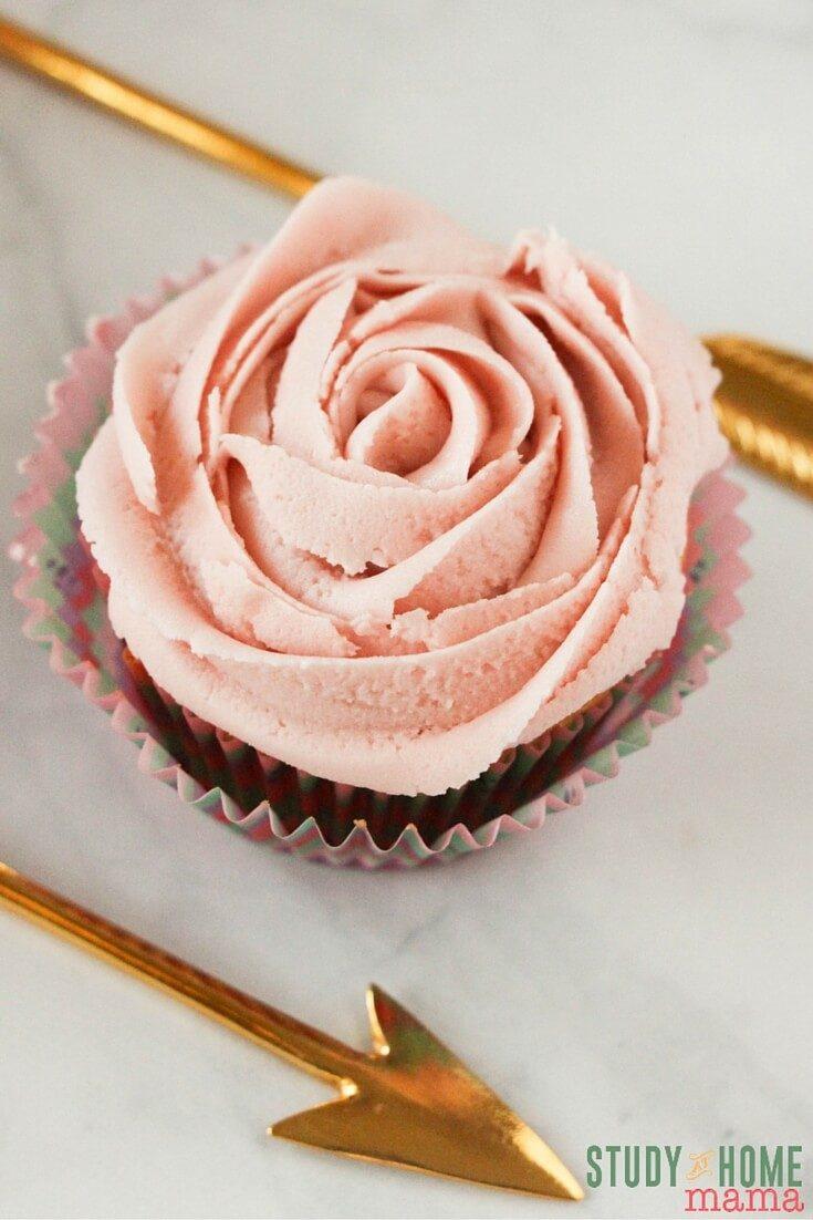Natural Strawberry Vanilla Cupcakes