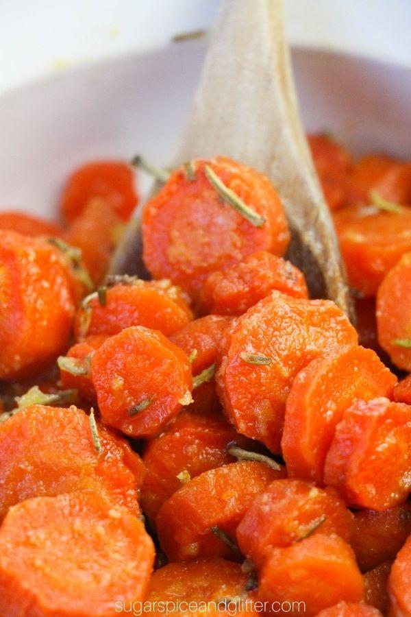 Honey Rosemary Roasted Carrots