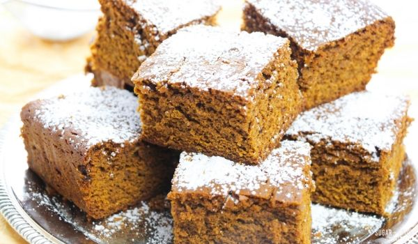Old-Fashioned Gingerbread Cake ⋆ Sugar, Spice and Glitter