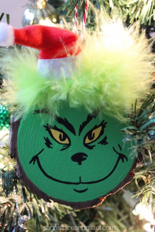 Wood Slice Grinch Ornament