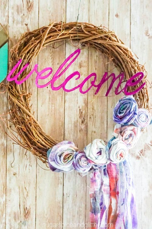 DIY Tie Dye Welcome Wreath